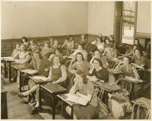 Students in a Bryn Mawr classroom, 1947