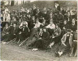 Field hockey players at Bryn Mawr, 1919